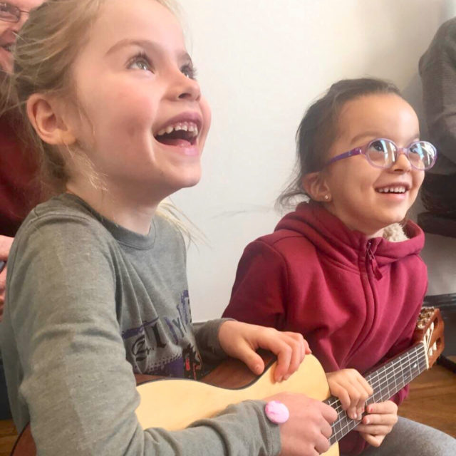 Young guitarists play a fun new game in Guitar Friendshellip